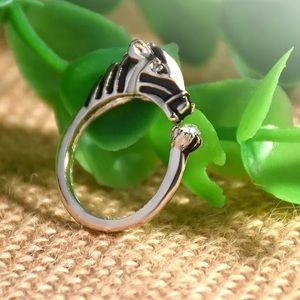{MALLORY} Adorable horse statement wrap ring